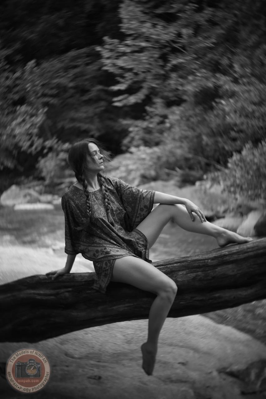 The Models of NiNPAH - Alicia Dawn